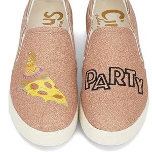 Circus! By Sam Edelman rose gold pizza party